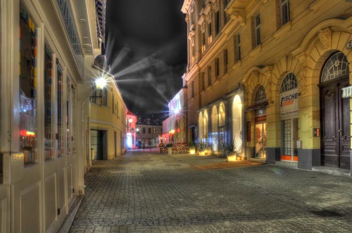 Baden bei Nacht