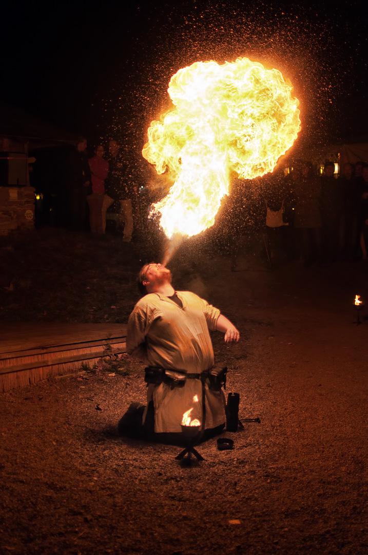 Der Feuerspucker